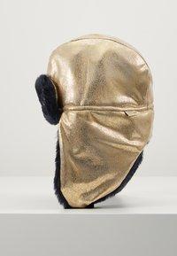 Little Marc Jacobs - CHAPKA - Berretto - light gold - 2