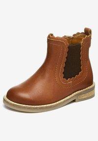 Next - CHELSEA SCALLOP  - Korte laarzen - brown - 2