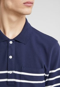 J.CREW - BRETTON - Polo shirt - dark blue - 5