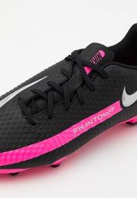 Nike Performance - JR PHANTOM GT ACADEMY MG UNISEX - Moulded stud football boots - black/metallic silver/pink blast - 5