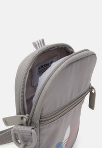 adidas Originals - TRICOL FEST BAG UNSISEX - Across body bag - solid grey - 2