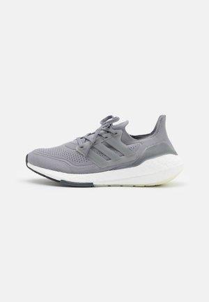 ULTRABOOST 21 - Neutral running shoes - grey three/grey four
