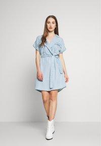 Noisy May - NMVERA ENDI DRESS - Shirt dress - light blue denim - 1