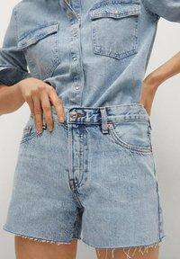 Mango - HAILEY - Szorty jeansowe - bleu clair - 0