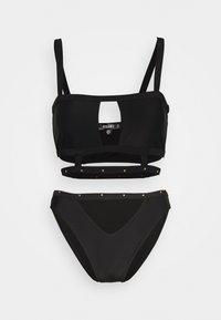 Missguided - SQUARE NECK STUD CAGED DETAIL TOP AND V FRONT STUD STRAP SET - Bikini - black - 0