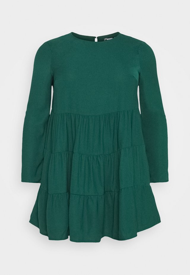 TIERED SMOCK DRESS - Day dress - green