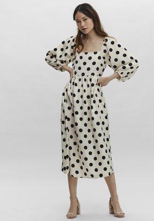 SINNA - Day dress - snow white