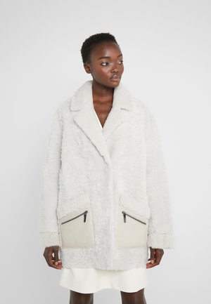 ZIPPER JACKET - Krótki płaszcz - merino wendy white