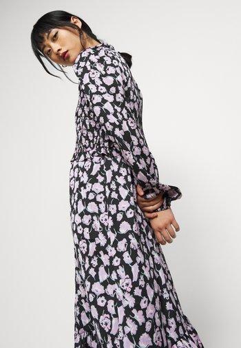 VMCHARLOTTE SMOCK DRESS