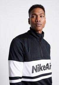Nike Sportswear - M NSW NIKE AIR JKT PK - Kevyt takki - black/white/university red - 3