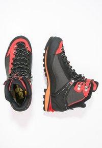 Salewa - MS CROW GTX - Mountain shoes - black/papavero - 1
