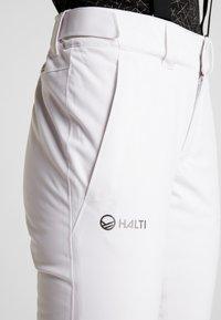 Halti - PUNTTI SKI PANTS - Zimní kalhoty - white - 5