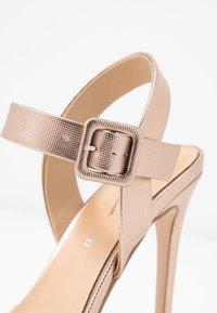 Tata Italia - Sandaler med høye hæler - champagne - 2