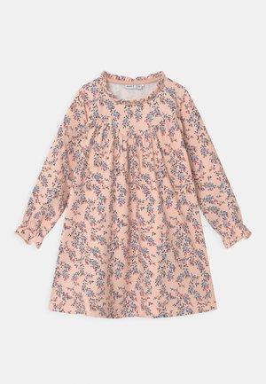 NMFTALIVA  - Denní šaty - light pink