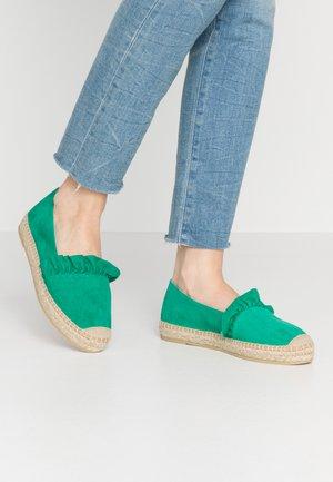 DORA - Espadrilles - verde