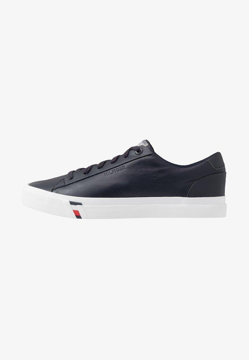 Tommy Hilfiger - CORPORATE - Sneakersy niskie - blue