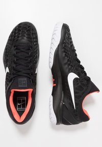 Nike Performance - AIR ZOOM CAGE - Clay court tennis shoes - black/white/bright crimson - 1