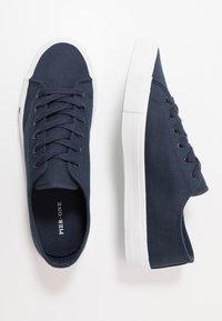 Pier One - UNISEX - Trainers - dark blue - 1