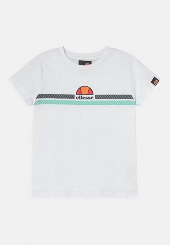 MANDOLA TEE - T-shirts med print - white