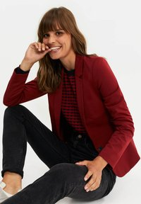 WE Fashion - Blazer - deep red - 0