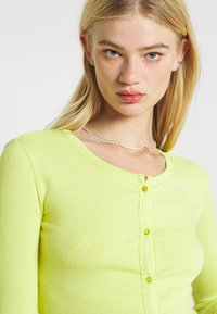 KENDALL + KYLIE - Vest - lime - 3