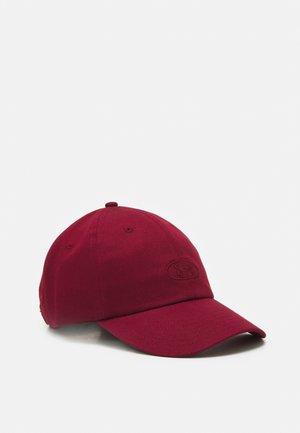 ESSENTIALS HAT - Cap - red