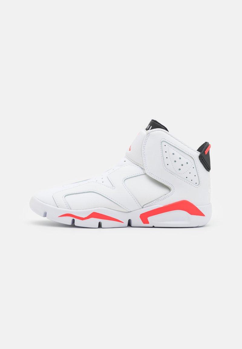 Jordan - 6 RETRO LITTLE FLEX UNISEX - Basketball shoes - white/infrared 23/black