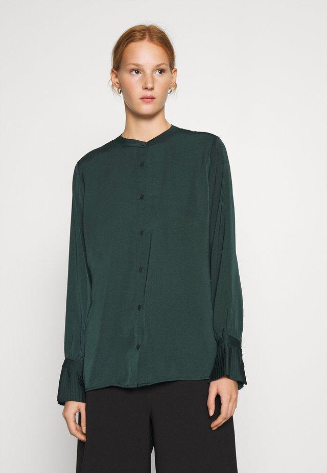FOSTER - Overhemdblouse - empire green