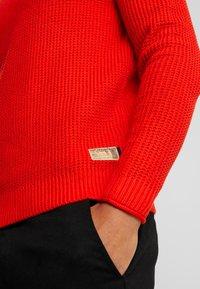 TOM TAILOR - FISHERMAN CREW NECK  - Stickad tröja - orange red - 5