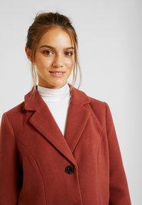 Vero Moda Petite - VMCALA CINDY JACKET - Classic coat - mahogany - 3