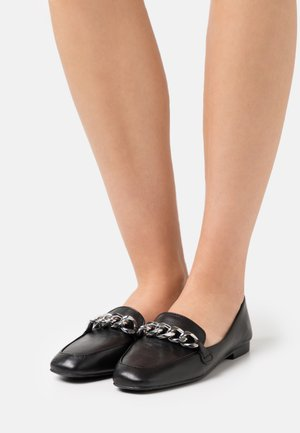 KAYSON - Loaferit/pistokkaat - black