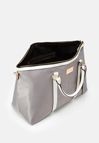 River Island - Weekend bag - light grey - 2