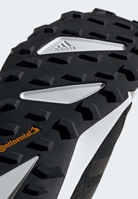 adidas Performance - TERREX SPEED GORE-TEX TRAIL RUNNING SHOE - Trail running shoes - black - 8