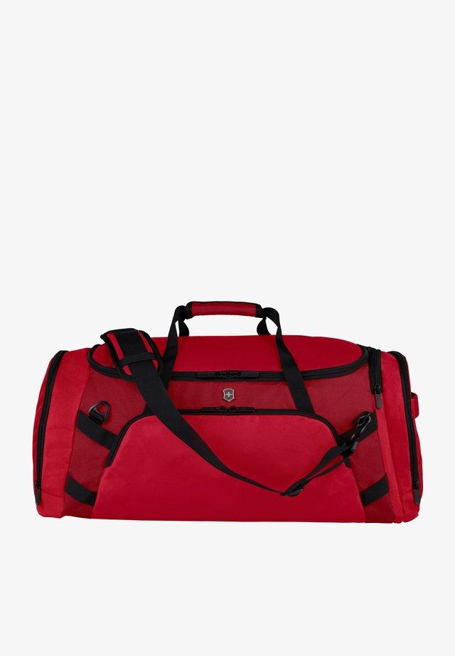 Holdall - scarlet sage-red