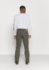 Norrøna - SVALBARD FLEX PANTS - Pantaloni outdoor - dark grey - 2