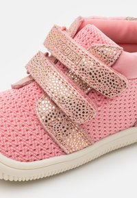 Woden - TRISTAN  - Baby shoes - soft pink - 5