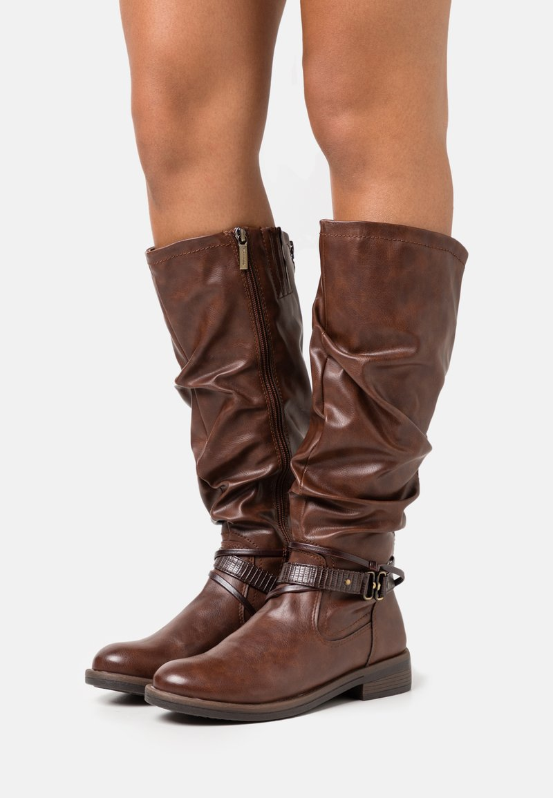 Tamaris - BOOTS - Støvler - brandy