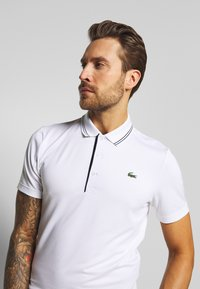 Lacoste Sport - BASIC GOLF - Sportshirt - white/navy blue - 3