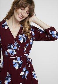 Great Plains London - ROCHELLE FLOWER - Day dress - cabernet combo - 4