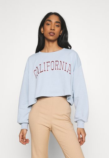 ONLLAILA CROPPED COLLEGE  - Sweatshirt - cashmere blue