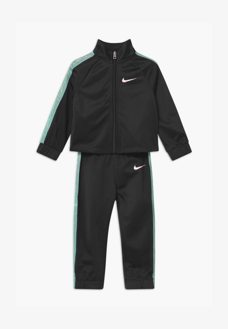Nike Sportswear - COLORSHIFT TAPING TRICOT SET - Tepláková souprava - black