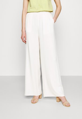 FLOWING WIDE LEG PANTS - Trousers - offwhite