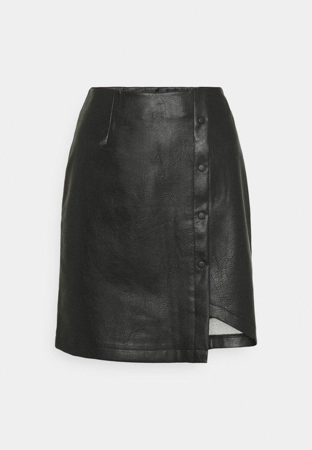 VMZISSY SHORT COATED SKIRT  - Mini skirt - black