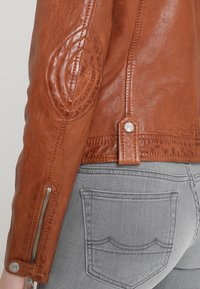 Gipsy - FAMOS - Leather jacket - cognac - 4