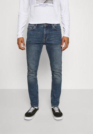 CLARK - Jeans Tapered Fit - creek dark blue