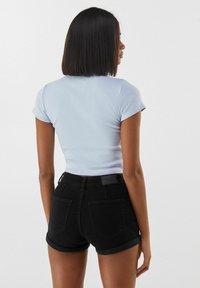 Bershka - Jeans Short / cowboy shorts - black - 2