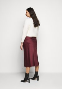 CAPSULE by Simply Be - COLUMN MIDI SKIRT - A-line skirt - merlot - 2