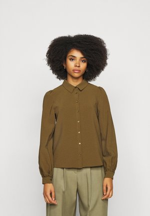 VMBEATE - Button-down blouse - fir green/light green