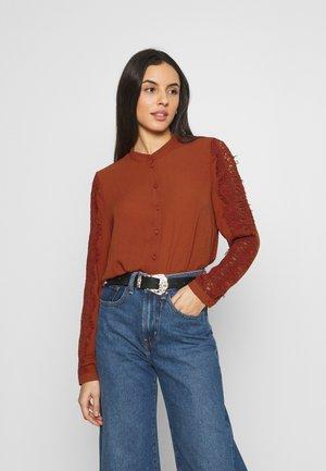 VMZIGGA - Button-down blouse - chili oil
