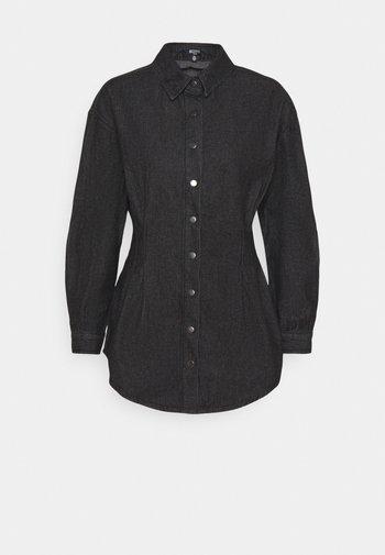 WASHED OVERSIZED BOYFRIEND - Skjorte - black